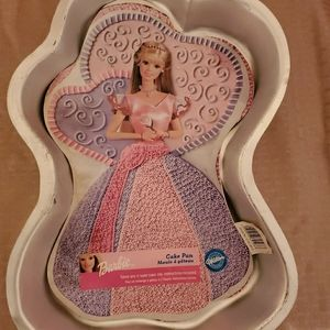 New Barbie cake pan with Directions on bac…